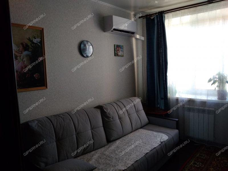 комната в доме 82 на Народной улице