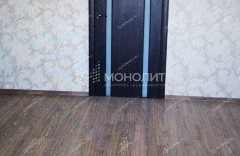 1-komnatnaya-ul--vyatskaya-d--8 фото