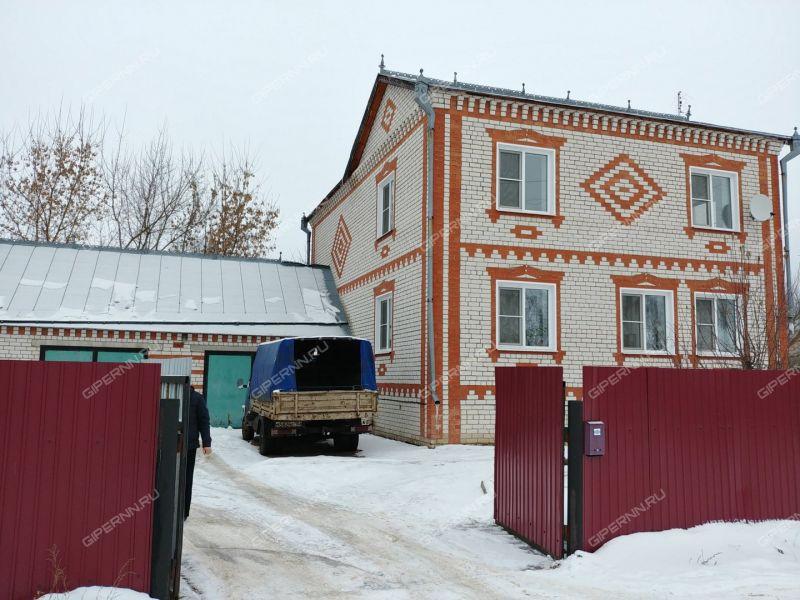 коттедж на  рабочий посёлок Пильна