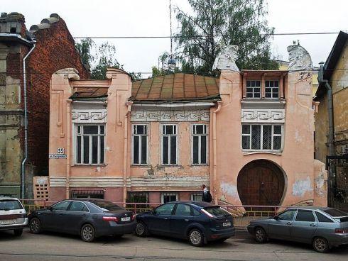 Памятник архитектуры или новодел: каким станет «шахматный дом» после восстановления?