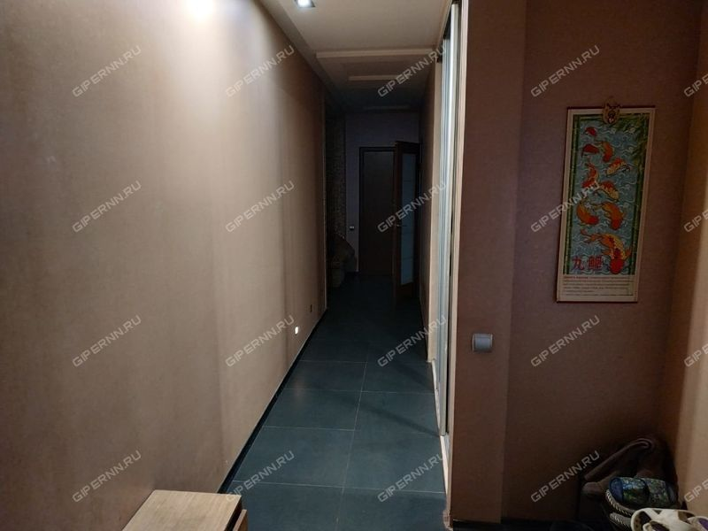 трёхкомнатная квартира на проспекте Ильича дом 23а